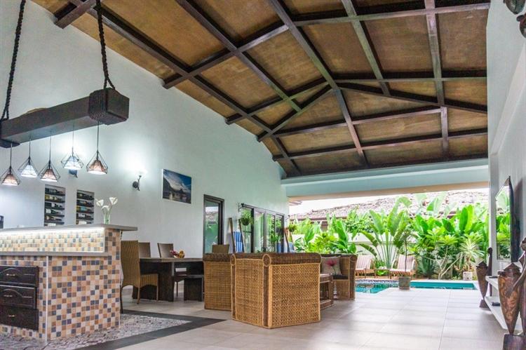 luxury airbnb villa el - 9