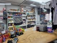 corner store hartford county - 1