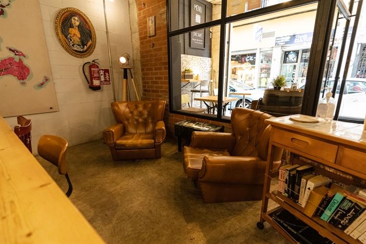 successful specialty coffee shop - 6