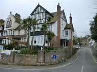 superb guest house torquay - 1