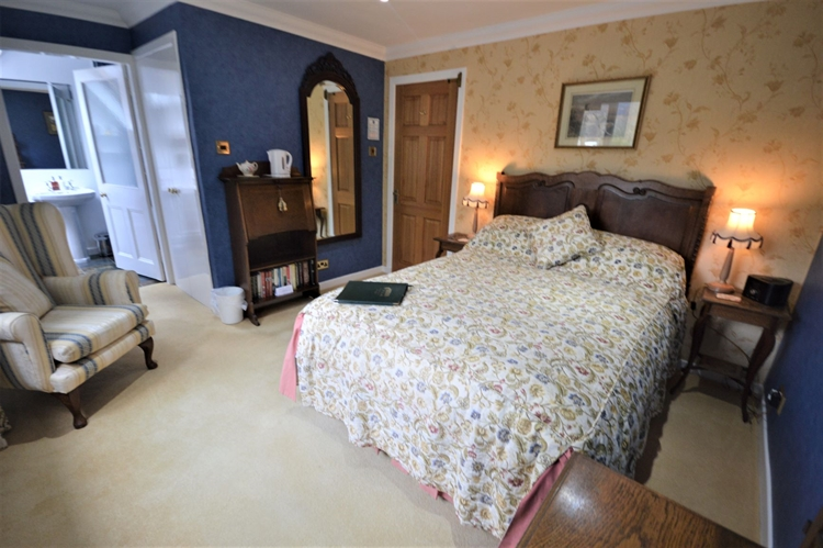 attractive guest house highland - 9