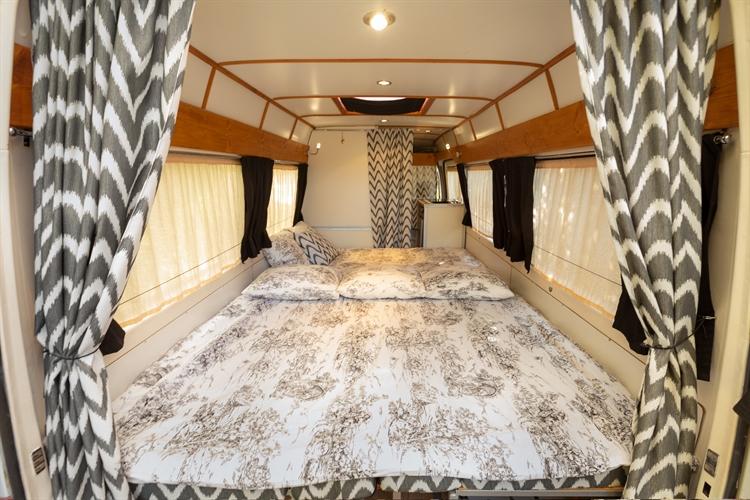 successful rental campervan motorhome - 8