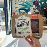 cafe serving health vegan - 3