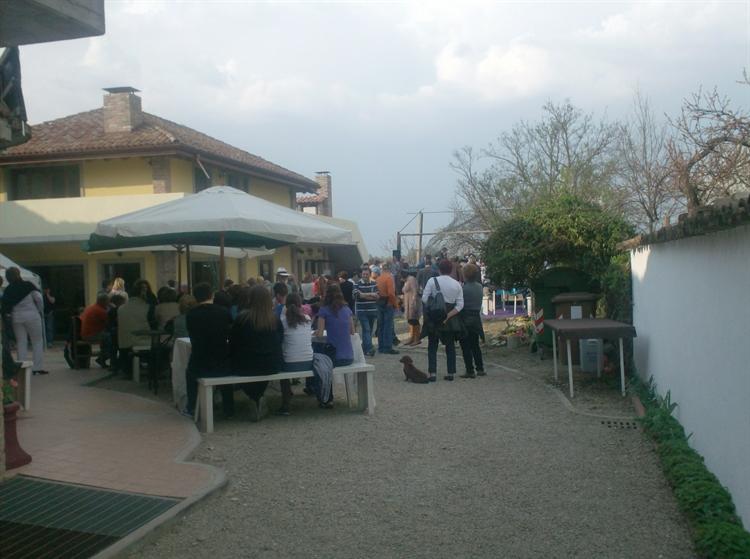 established hostel bar restaurant - 6