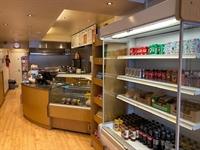 sandwich bar takeaway located - 2