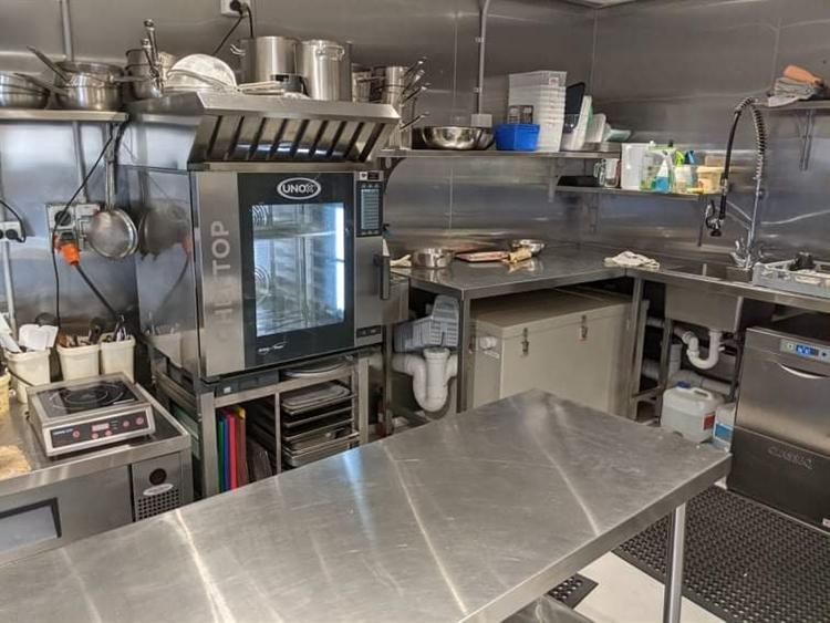 new kitchen café food - 11