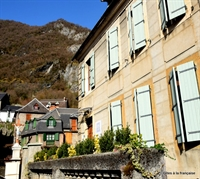 pyrenees guest house skiing - 1