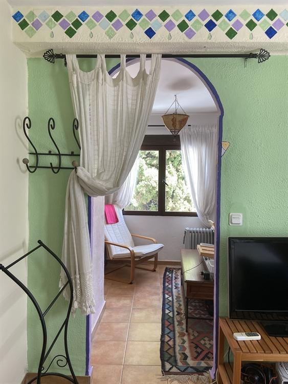 long established three bedroom - 7
