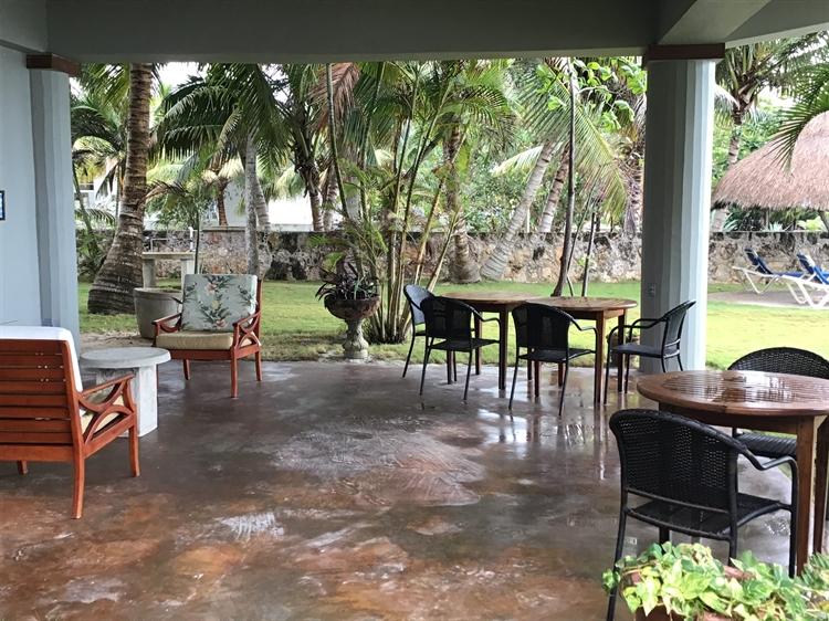 waterfront hotel swimming pool - 4