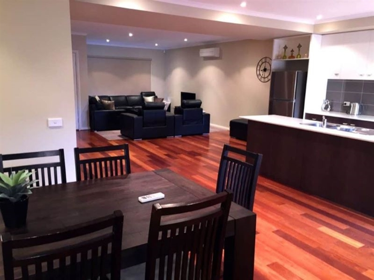 high-end serviced apartments operation - 13