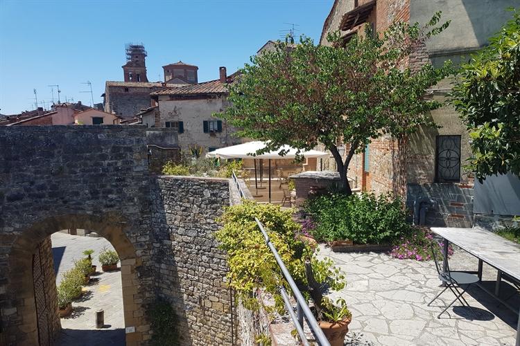 hotel with restaurant tuscany - 5