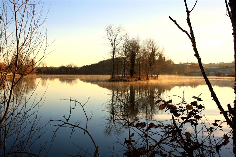 successful magical lakeside retreat - 8