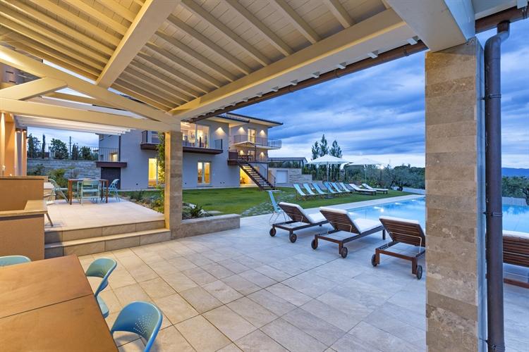 modern luxury villa tuscany - 15