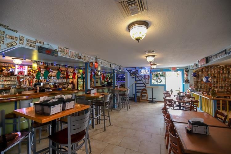 turnkey seafood house full - 9