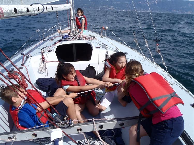 sail school team building - 9