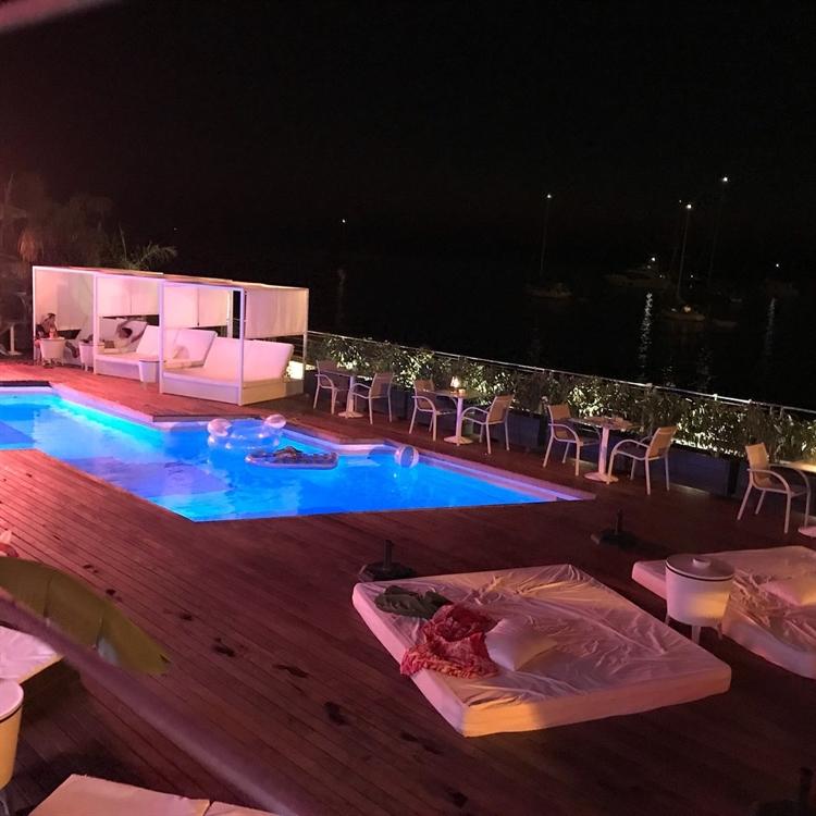 top beach club café - 6