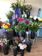busy florist business somerville - 1