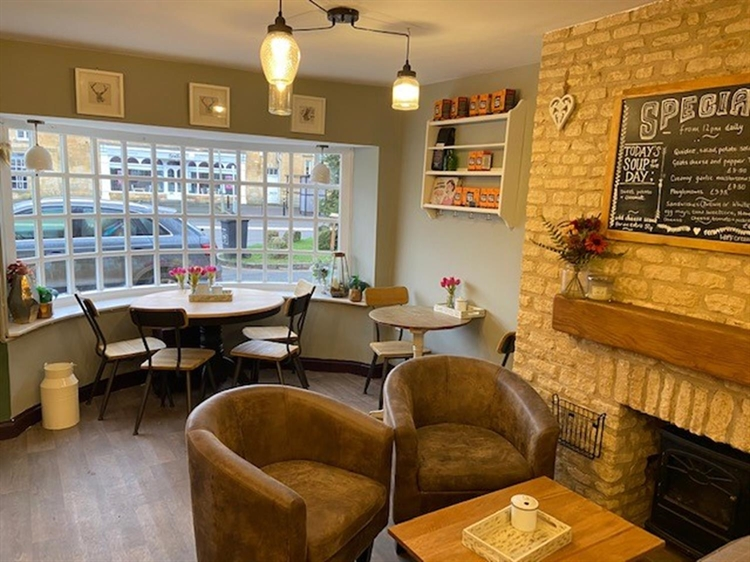 leasehold tea rooms located - 4