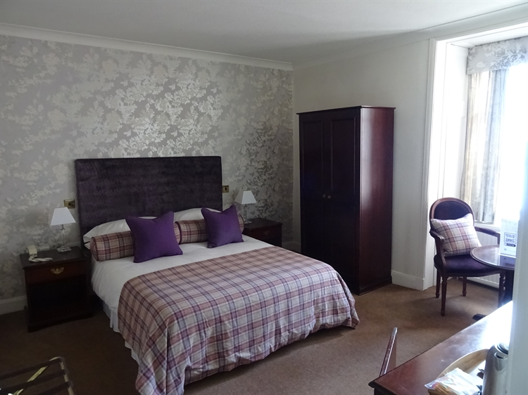 highly individual 16-bed hotel - 7