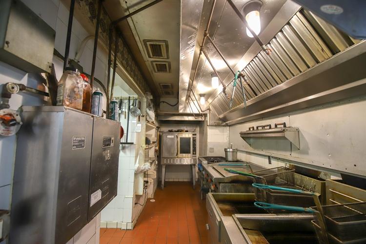 turnkey seafood house full - 14