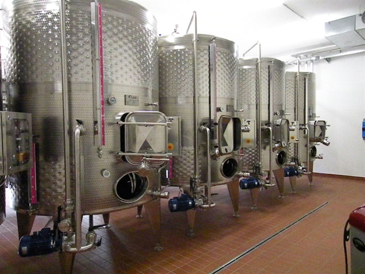farm with vineyard montepulciano - 5