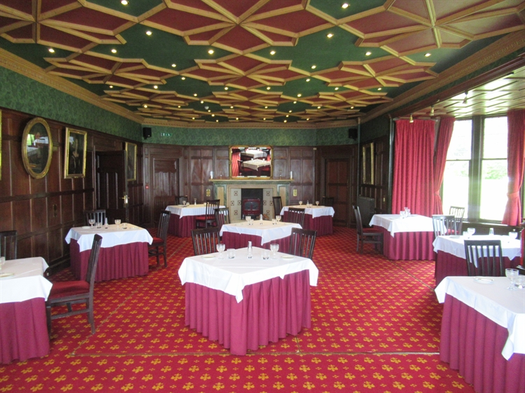 highly individual 16-bed hotel - 4