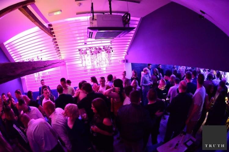 licensed bar nightclub poulton - 5