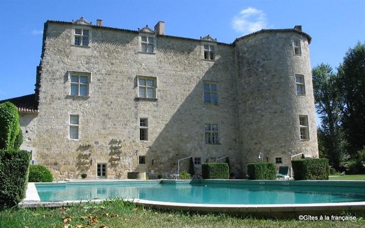 renaissance chateau gascony as - 12