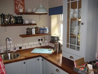 freehold guest house located - 1