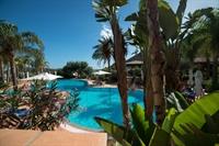 tropical resort no key - 1
