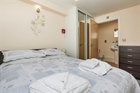 holiday let 2 bedroom - 2