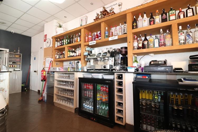 bar restaurant entre naranjos - 10