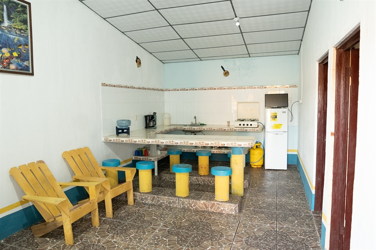 beachside hotel guatemala - 9
