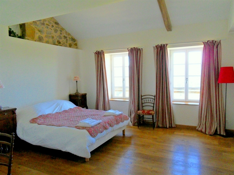 exceptional hilltop property pyrenees - 10
