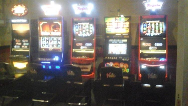 bar slot machines - 2