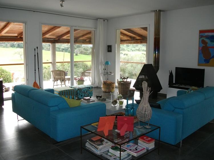 sardinian villa with 2 - 8
