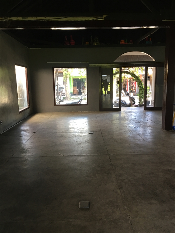 space for a restaurant - 8