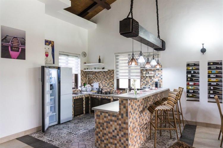 luxury airbnb villa el - 8