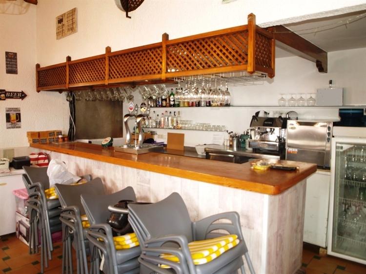 cosy quaint cafe bar - 4