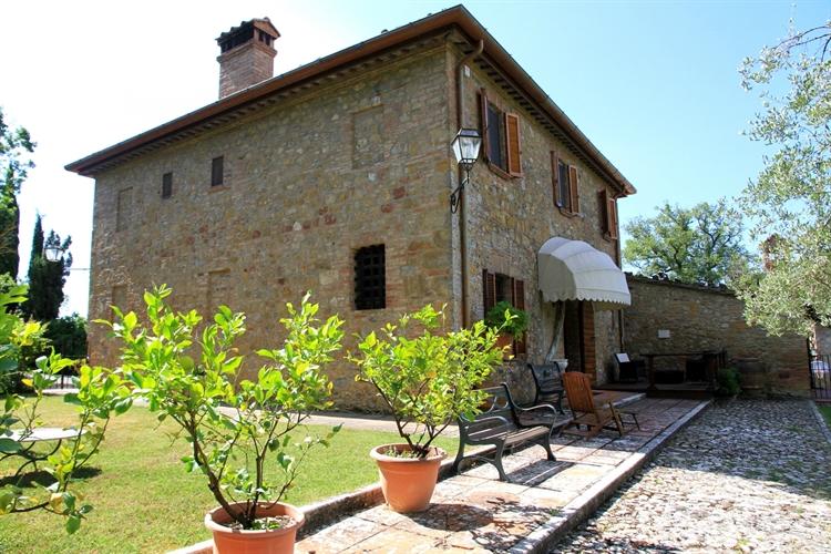 farm with vineyard montepulciano - 10