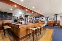 busy portland pub - 2