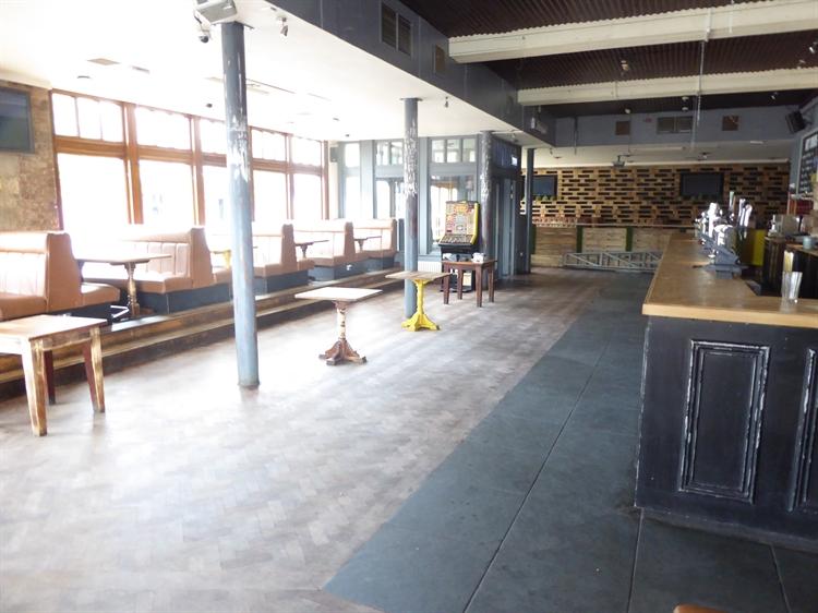 prime bar restaurant hinckley - 4