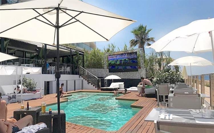 top beach club café - 5