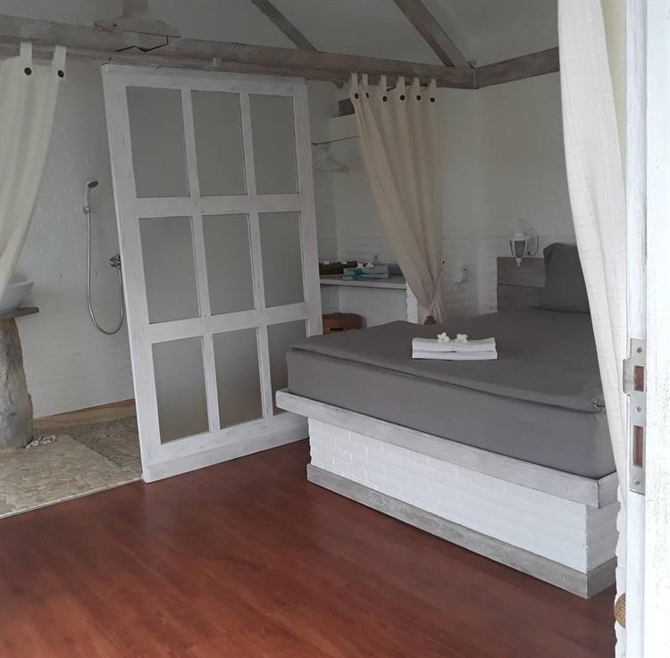 luxury 5 villas close - 9