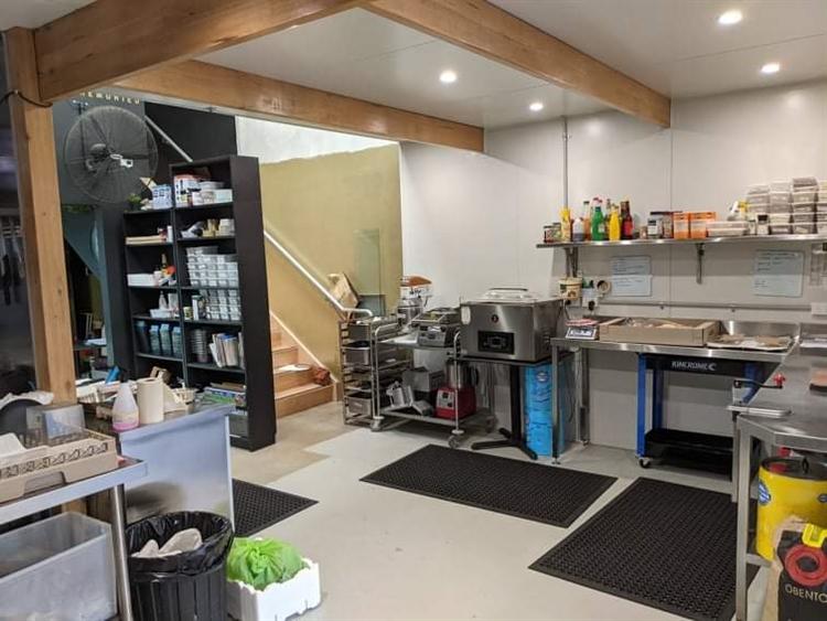 new kitchen café food - 5