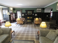 highly individual 16-bed hotel - 3