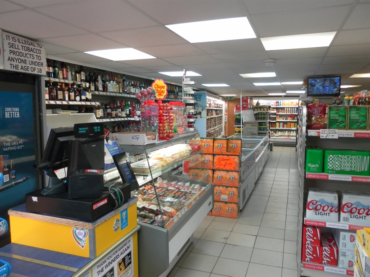 freehold convenience store located - 6