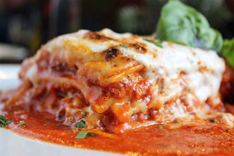 frankie's trattoria italian restaurant - 13