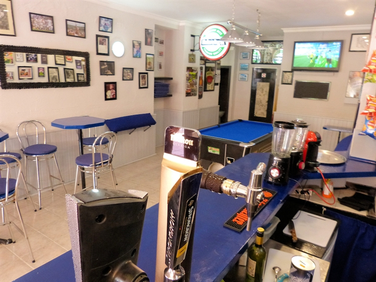 sports bar benalmadena 17 - 6