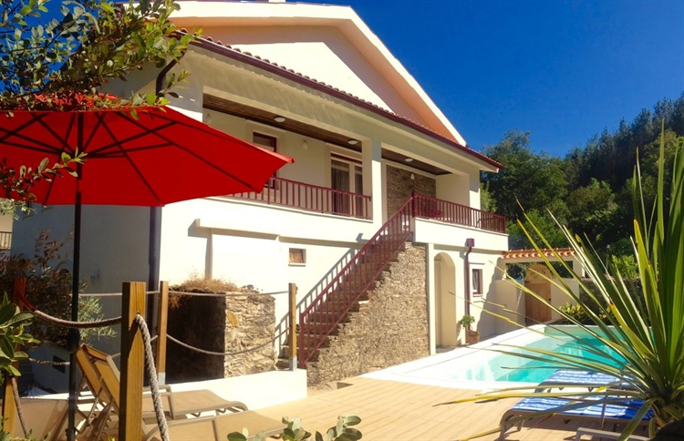 3 waterfront villas 3 - 4